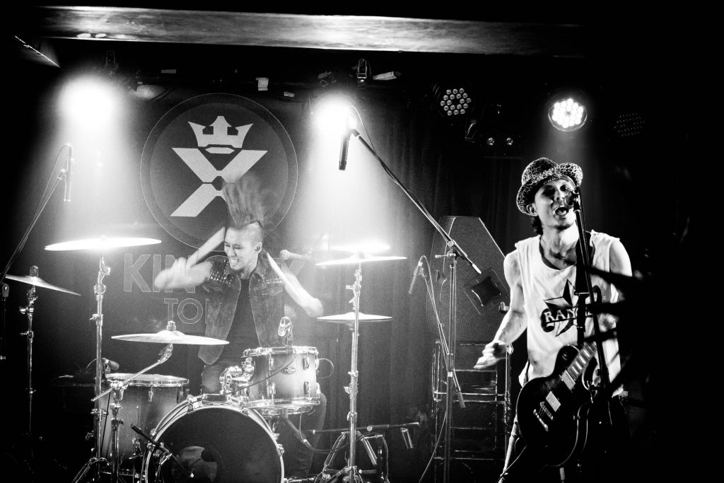 MUSTANG LIVE PHOTO